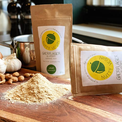 nutty vegan gærflager nutritional yeast