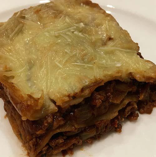 hjemmelavet vergansk lasagne emed sojagranulat